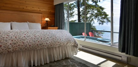 suites 7 & 8 house by the sea bedroom at point no point resort